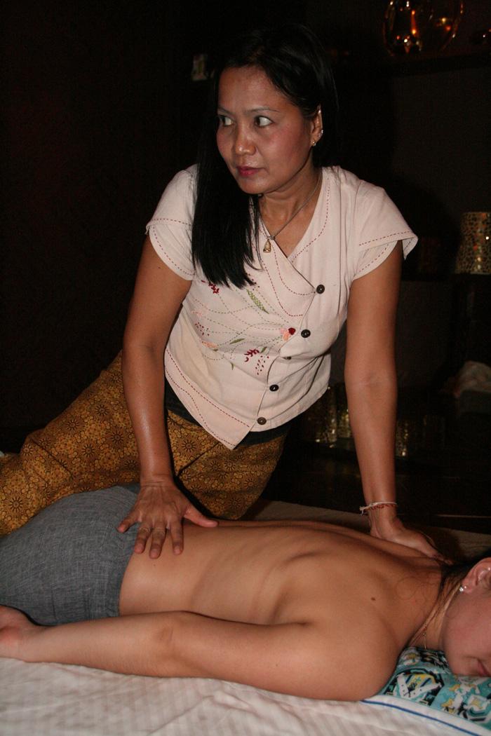Тайский массаж для муж гениталий переходящий в трах 5 фотография